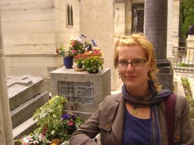 CJ en la tumba de Jim Morrison
